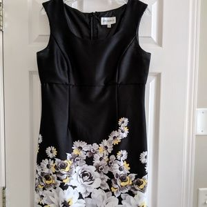Beautiful dress love this one!